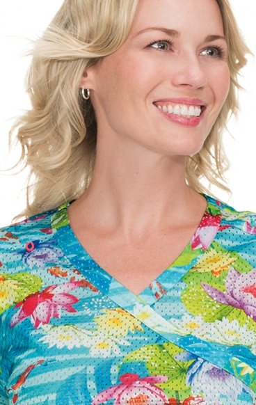 *FINAL SALE 350PR koi Lite™ Bliss Print Crossover Scrub Top - Koi Pond